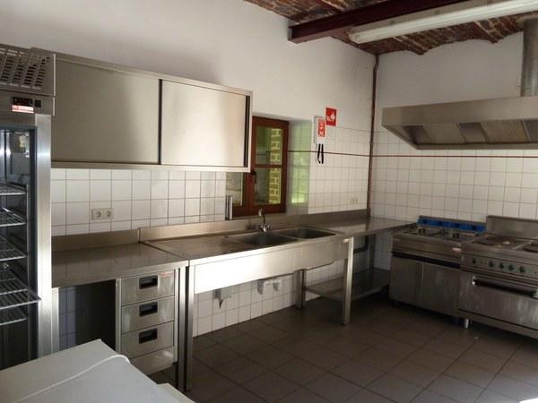 Perez cuisine.JPG